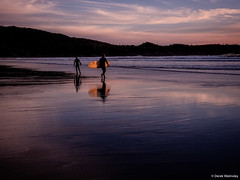 Derek W.-Sunset Surf Tofino #1 (Derek Walmsley) Tags: ocean sunset beach reflections tofino surfers 2016 coxbaytofino