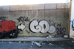 (Into Space!) Tags: street nyc newyorkcity newyork brooklyn graffiti graff bombing throw bk fill goog ogm fillin throwie
