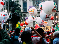 IMG_0347 (@fbioandr) Tags: brazil brasil sopaulo photojournalism documentary politic politica documental fotojornalismo manifestao democracia streetphotographer fotografiaderua documentario manifestaes naovaitergolpe