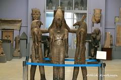 Horus, Ramses III and Seth (konde) Tags: art statue seth ancient granite horus triad medinethabu cairomuseum newkingdom ramsesiii 20thdynasty