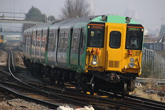 455821 (Rob390029) Tags: travel travelling green london public station electric train track transport tracks rail railway junction class southern transportation transit rails multiple emu clapham unit 455 clj 455821