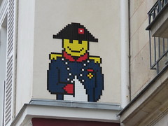 Space Invader PA_1167 (tofz4u) Tags: streetart paris tile mosaic spaceinvader spaceinvaders bonaparte invader 75006 mosaque napolon artderue pa1167