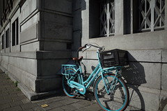 Amsterdam, July 2015 (milov) Tags: amsterdam bicycle turquoise sidewalk gazelle ricohgr rokin damesfiets