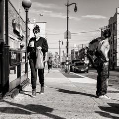 take away (Gerard Koopen) Tags: street nyc people bw woman usa newyork man coffee brooklyn 35mm eyecontact fuji candid unitedstatesofamerica streetphotography fujifilm takeaway bushwick 2014 straatfotografie verenigdestatenvanamerika xpro1 gerardkoopen
