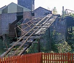 R11803.  Incline at the Birkhill Fireclay Mine. (Ron Fisher) Tags: uk greatbritain scotland europe mine unitedkingdom transport gb narrowgauge birkhill schmalspurbahn bonesskinneilrailway fireclaymine birkhillfireclaymine voieetroite