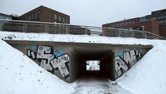 Stan (neppanen) Tags: sampen discounterintelligence helsinki helsinginkilometritehdas suomi finland stan graffiti streetart wmd lcn päivä9 reitti9 päiväno9 reittino9