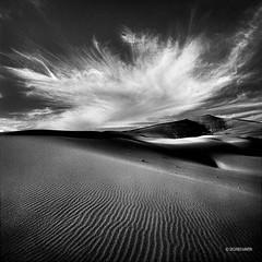 Gobi016 (siggi.martin) Tags: china cloud clouds landscape blackwhite asia asien desert dunes wolke wolken landschaft gobi wüste dünen schwarzweisss