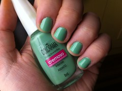 Absinto - Colorama - Maro ( Desafio 12 meses, 12 esmaltes) (KassyPortilla) Tags: verde colorama desafio12meses12esmaltes