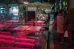 Bologna - i tavoli rossi (williamsgarbi) Tags: bologna rosso ristorante sera tavoli