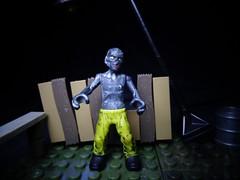 Hazmat Zombie(04) (ridureyu1) Tags: toy toys actionfigure lego zombies megabloks buildingblocks callofduty toyphotography callofdutyzombies hazmatzombies sonycybershotsonycybershotdscw690