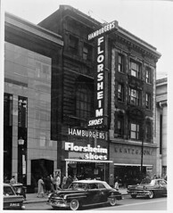 Hamburger Florsheim Shoes Building, 00 block of West Baltimore Street (spacecadetsf) Tags: sign triangle shoes baltimore collection company baltimorestreet box28 peale photoprints bclm baltimorecitylifemuseumcollection 1982212 cronhardtsons