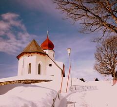 Damls, Austria (hatschiputh) Tags: schnee sun snow austria sterreich whit kapelle vorarlberg bregenzerwald damls