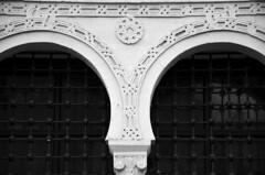 2016-03-Tunesien-080 (unkel.unterwegs) Tags: window blackwhite tunisia fenster tunis mosque schwarzweiss muster tunesien moschee abstakt