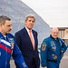 Secretary of State John Kerry Meeting with Astronaut Scott Kelly and Cosmonaut Mikhail Kornienko (NHQ201603240010)