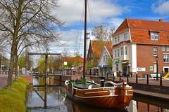 Der Hauptkanal in Papenburg (D.STEGEMANN) Tags: travel germany deutschland boot tour urlaub kanal schiff friesland oldenburg reise emsland papenburg hauptkanal