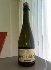 Cidre (m_y_eda) Tags: bottle cider garrafa flasche botella bouteille cidre bottiglia sidro butelka  cydr   apfelschaumwein yotaphone