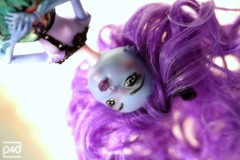 head over heels (photos4dreams) Tags: paint acrylic purple handmade oneofakind ooak lavender brush lila wig custom seamonster puppe violett pinsel percke pppchen handgemacht einmalig acrylfarbe photos4dreams photos4dreamz p4d createamonster monsterhigh dollmakeupartist firsttrywithacrylicsp4d 4etsyp4d