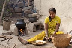 Bhoramdeo - Chhattisgarh - India (wietsej) Tags: woman india cooking sony 70200 chhattisgarh a900 sal70200g bhoramdeo