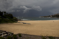 IMG_4739-beach storm cloud-Coogee-A (geoffgleave) Tags: cloud storm beach coast sydney coogee