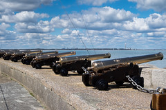 Cowes Parade - DSCF7956 (s0ulsurfing) Tags: clouds fuji april fujifilm isle cowes wight canons 2016 s0ulsurfing xt1