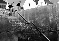 Up stairs (patrick_milan) Tags: street people blackandwhite bw white black monochrome noir noiretblanc nb rue blanc personne streetview gens