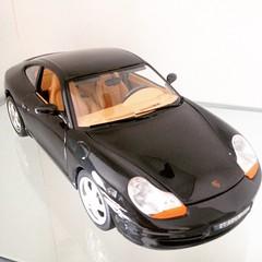 Porsche Carrera 1997 Diecast Burago 1:18 (Diecast, carros colecionveis, collectible cars, ) Tags: brinquedo porsche collectible carrera madeinitaly 118 diecast burago porschecarrera colecionvel fotocomiphone fabricadonaitlia meudesdesempre minesincedayone