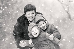 Best grandma ever (foto.evines) Tags: grandma winter portrait blackandwhite bw snow love smile fun outdoors snowflakes blackwhite hug funny play outdoor candid laugh flakes zima portrt outdoorphoto dti grandmamma snh outdoorportrait sn venku stawarczykova evinesfoto