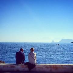 Vedi #mondello e ti arricrii.. (Vicio 23) Tags: valencia square mare blu solo squareformat sole palermo inverno amore sicilia mondello iphoneography instagramapp