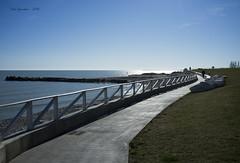 Lungomare di Grottammare (Giacomo Lori) Tags: italy landscape italia mare fuji ap spiaggia x100 grottammare lorigiacomo