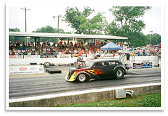 Hot Rod Film (bogray) Tags: car racecar ky bowlinggreen dragracer vintagedragracing nostalgiadragracing holleynationalhotrodreunion beechbendracewaypark