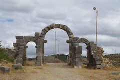 imgp3765 (Mr. Pi) Tags: gate arch ruin morocco volubilis archaeologicalsite