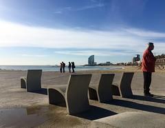 """Instante"" (atempviatja) Tags: plaza luz mar playa paseo cielo asientos personaje plazoleta"