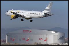 EC-JTQ / BCN 19.02.2016 (propfreak) Tags: barcelona bcn airbus a320 elprat vueling a320214 lebl ecjtq propfreak