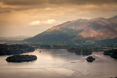 Derwent Isles... (AJFpicturestore) Tags: light clouds islands lakes lakedistrict cumbria derwentwater thelakedistrict castleriggbase