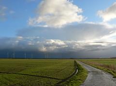 Ostfriesland - East Frisia (achatphoenix) Tags: road sky clouds rural ciel ostfriesland openrange éolienne eastfrisia weitesland