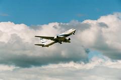 El Al Boeing 767 (j.borras) Tags: barcelona film airplane climb bcn negative boeing takeoff fm2 767 departing elal portra800 sooc lebl
