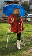 amp-1112 (vsmrn) Tags: woman crutches amputee onelegged