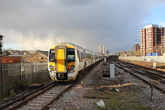 387108 (matty10120) Tags: station train transport rail railway class east express croydon gatwick 387 thameslink