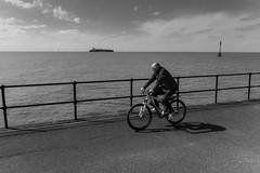 Crosby Coast (tabulator_1) Tags: cycling blackwhite crosbybeach