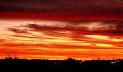 Upington_Sunset_ (Angel-19) Tags: sunset sun sol clouds southafrica nubes puestadesol redsky sudafrica upington cielorojo