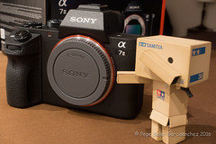 Danbo unboxing Sony A7 (Pepe Soler Garcisnchez) Tags: toys tamiya unboxing nex danbo ilce a7ii danboard sonya7ii