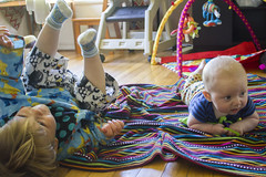 Day 113: Showing Off (quinn.anya) Tags: baby paul toddler sam tummy blanket rolling day113 showingoff sotd 525600minutes kotd884