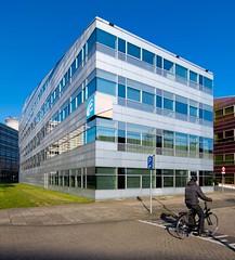 _DSC2219 (durr-architect) Tags: light sun colour reflection netherlands glass architecture modern facade offices almere dfense berkel unstudio