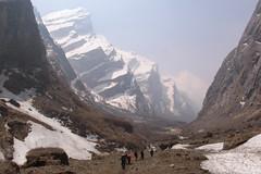 The Gorge (D A Scott) Tags: travel nepal camp trek canon asia base annapurna