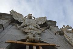 Sotto la grande aquila di un pilone di Porta Felice (costagar51) Tags: italy italia arte sicily palermo sicilia storia anticando