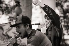 Kunstausstellung Barranco - Teil 8 (Full Frame Visuals) Tags: people peru latinamerica sepia la punk fotografie lima kunst band menschen konzert mente barranco ausstellung lateinamerika southamercia südamerika geschichten livemusik schwarzweis künstlerviertel fsj kulturweit