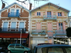 Arcachon, Gironde, ville d't. (Marie-Hlne Cingal) Tags: france 33 arcachon sudouest aquitaine gironde twozweideuxduedva2 villedt