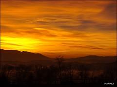 mattino in Brianza (memo52foto) Tags: italien italy sunrise dawn italia alba aurora lombardia italie madrugada lombardy aube lombardie morgenstunde lombardei tagesanbruch morgenrote