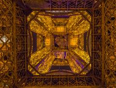 Les dessous de la vieille dame (clementcrouzet) Tags: paris tower architecture night canon angle wide 1855mm 1855 effeil