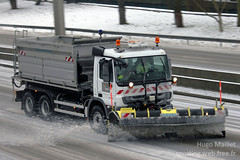 Sanef | Mercedes Actros 2636 (spottingweb) Tags: road snow france truck mercedes spread highway motorway hiver route lorry camion maintenance mercedesbenz vehicle neige lame autoroute van spotting travaux snowplow chantier spreading fourgon abertis sablage véhicule actros camionnette arvel chasseneige déneigement fourgonnette roadmaintenance gyrophare sanef salage saleuse spottingweb